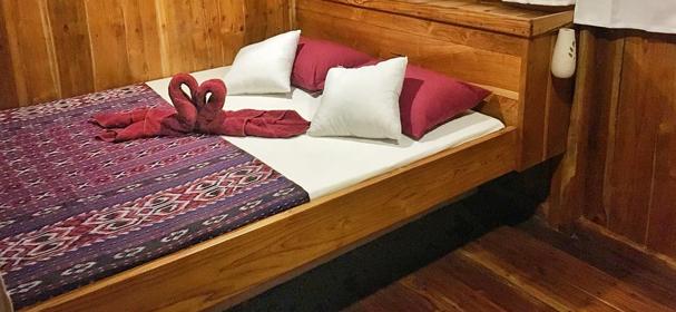 MV Vidi Komodo Liveaboard Bedroom