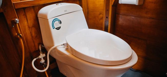 White Pearl Bathroom